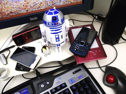 R2D2 hub, assorted gadgets, Logitech